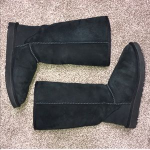 Women's Ugg Classic Tall Boots